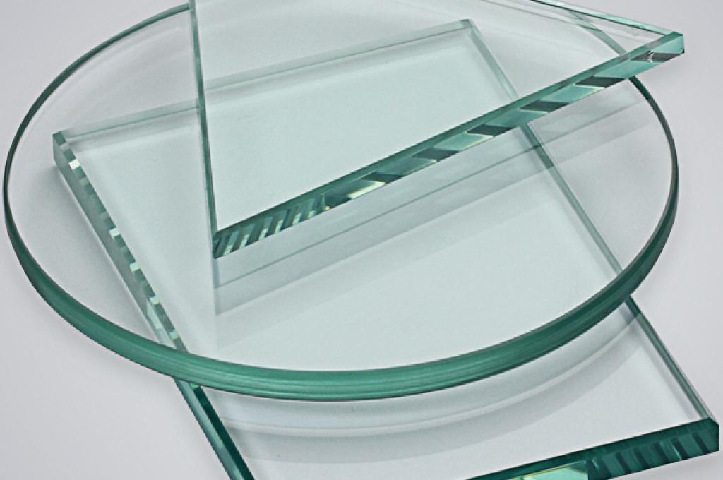 Резка стекла по размерам и его обработка